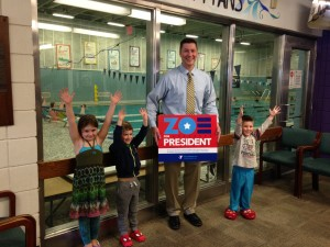 Mayor supports Zoe for president!!!